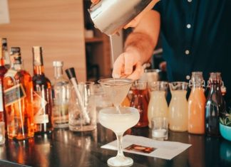 3 Tips for Creating the Perfect Home Bar