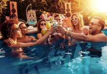How To Incorporate Your Pool Into Your Parties